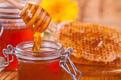 magas vérnyomású méz károsítása